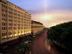 Ramada Colombo Hotel