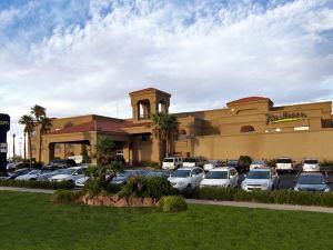 래디슨 호텔 엘 파소 공항 (Radisson Hotel El Paso Airport)