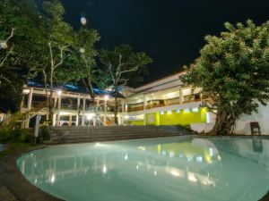 Apple Tree Resort & Hotel