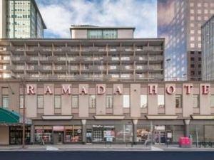 라마다 호텔 다운타운 캘거리 (Ramada Hotel Downtown Calgary)