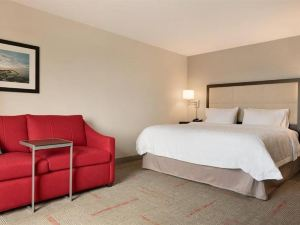 Hampton Inn & Suites Kenosha