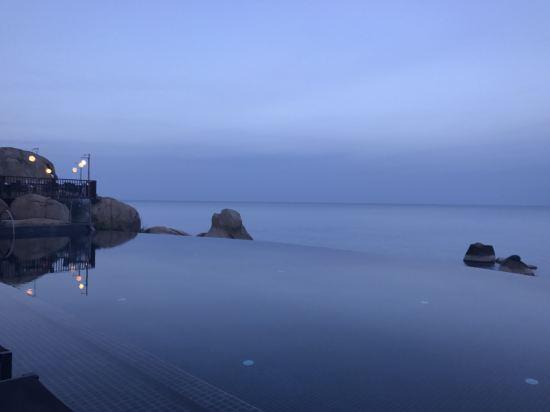 苏梅岛思拉瓦迪度假酒店
