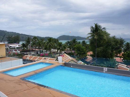 普吉岛芭东阿拉亚海滩酒店