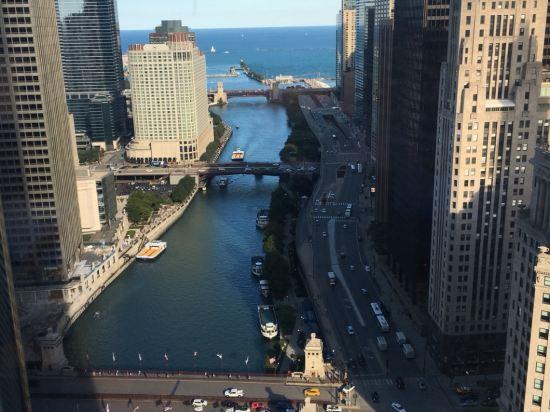 芝加哥特朗普國際大廈酒店預訂及價格查詢 trump international tower chicago