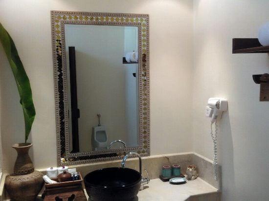 清迈大浴室手绘地图