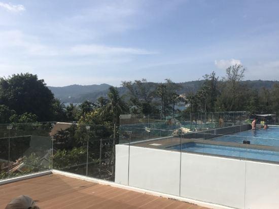 芭东阿拉亚海滩酒店(araya beach hotel patong)