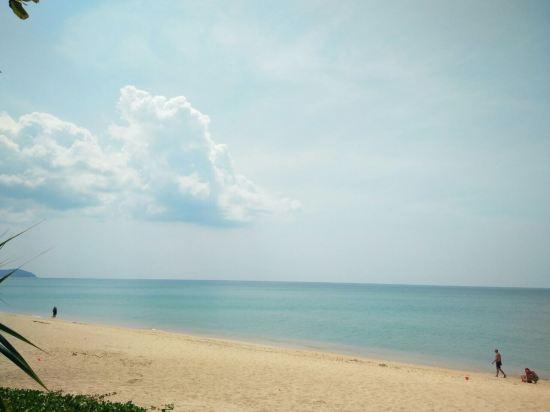 普吉岛迈考海滩假日酒店度假村(holiday inn resort phuket mai khao