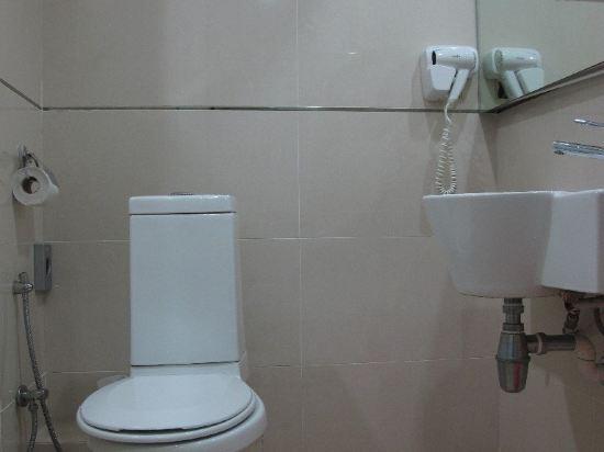 马桶离墙距离规范标准