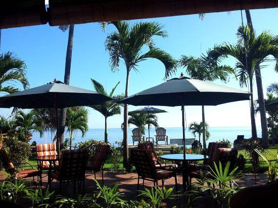 巴厘岛海豚海滨别墅酒店(dolphin beach bali villas)