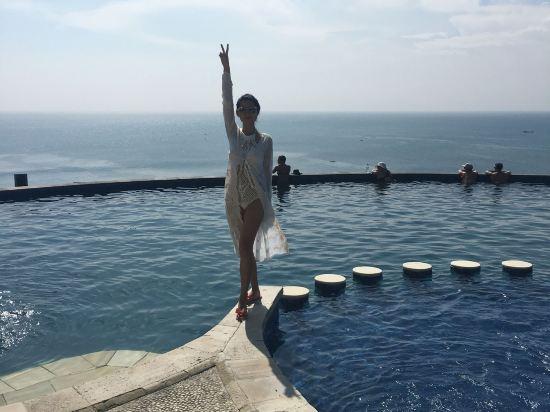 巴厘岛蓝点湾景别墅水疗酒店