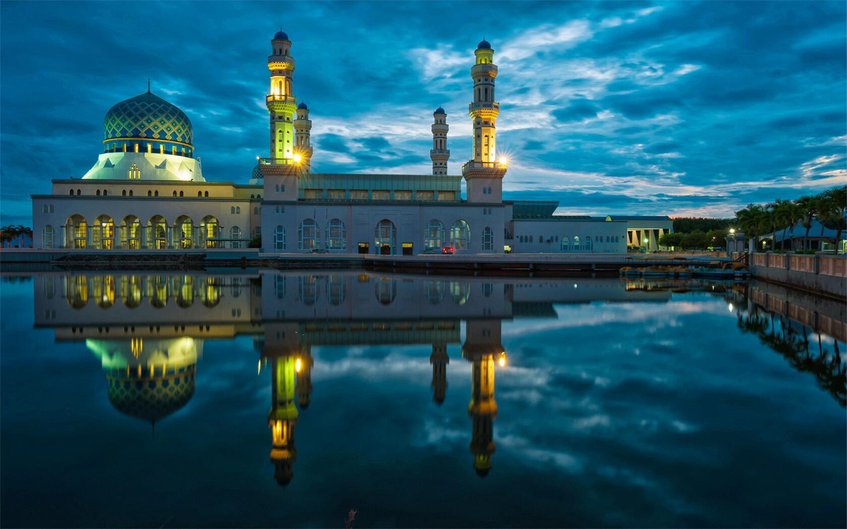 泰国+马来西亚+新加坡10日9晚跟团游·五星港龙航空,曼谷1晚升级国际