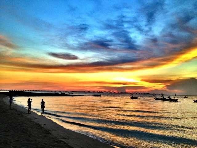 广西北海 银滩 涠洲岛4日3晚跟团游·游红树林赠送赶海 体验渔民生活