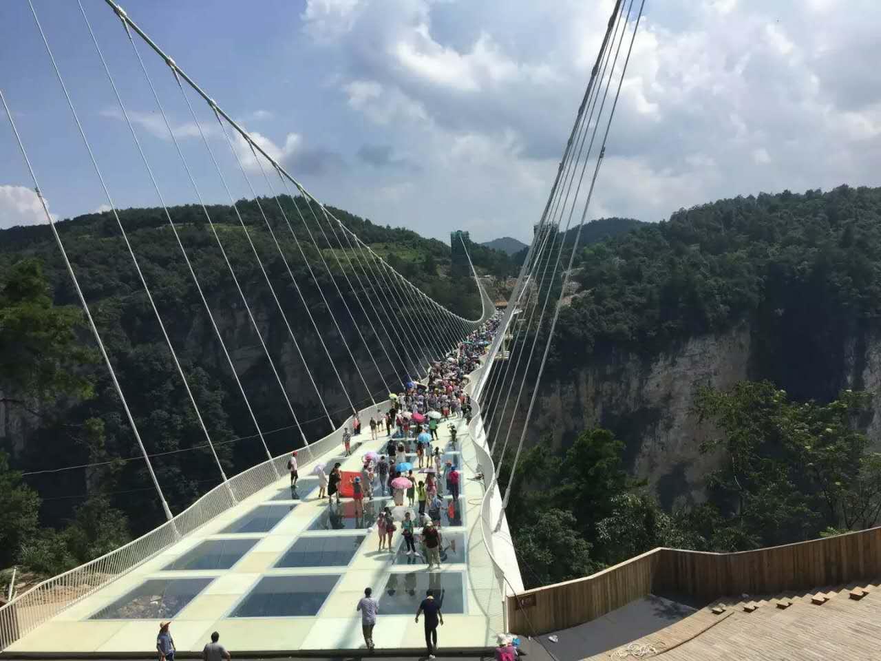 天门山 大峡谷 长沙3日2晚跟团游(4钻)·玻璃栈道vs玻璃桥 广东省成团
