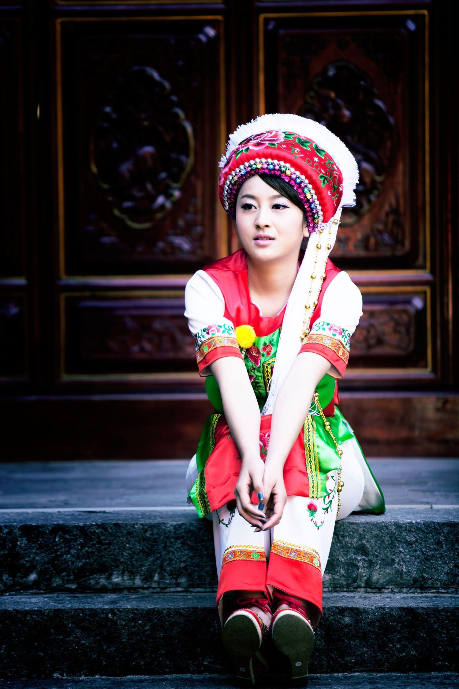 云南大理白族服装图片