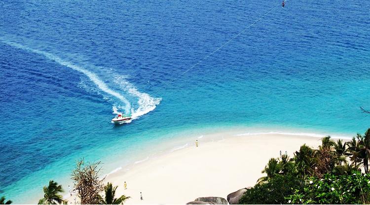 海水清澈晶莹--分界洲岛