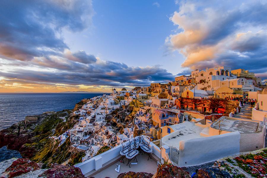 游览受西方游客欢迎的爱琴海岛屿米克诺斯岛,也被其称为4s岛.