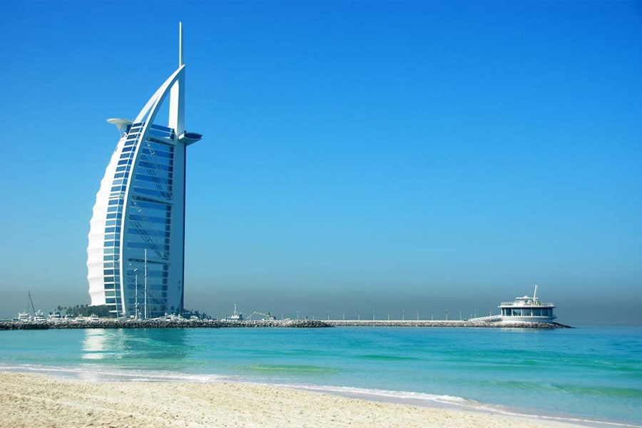 迪拜+阿布扎比+沙迦6日4晚跟团游·水下动物园+棕榈