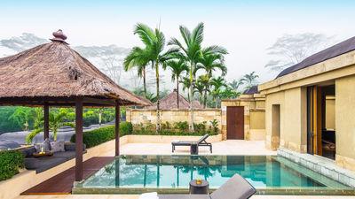 婆罗浮屠泳池别墅