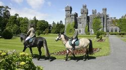 城堡内骑马