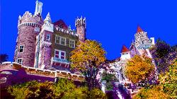 秋色中的卡萨罗玛古堡