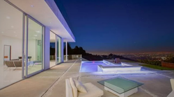 2157 Mount Olympus Dr, Los Angeles