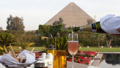 金字塔米纳宫景观晚餐