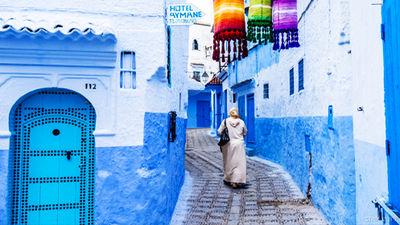 迷人的蓝色小镇舍夫沙万