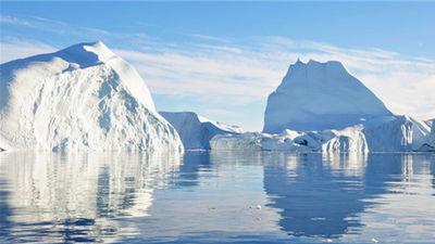 纯净的格陵兰冰川