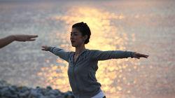 海滩日出瑜伽