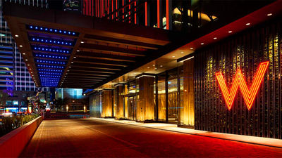 台北W酒店门口