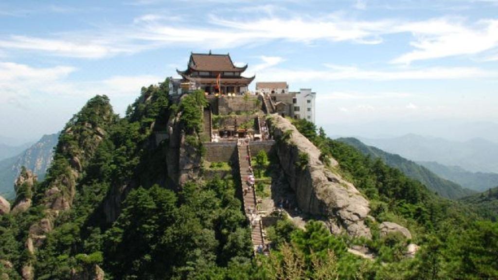 九华山风景区,国家5a级旅游区位,位于安徽省池州市境内,是以佛教文化