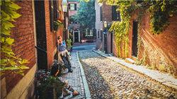 波士顿午后的悠闲街景