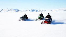 冰原雪地摩托
