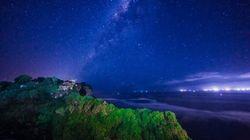 乌鲁瓦图断崖夜景