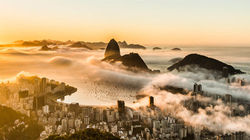 里约热内卢日出云海