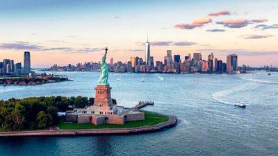 美国的象征—照耀世界的自由女神像