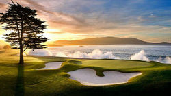 奢华的圆石滩高尔夫球场