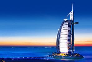 阿玛尼范思哲 尽在迪拜