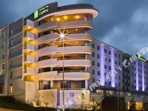 할리데이 인 익스프레스 더반 - 움랑가(Holiday Inn Express Durban Umhlanga)