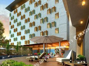 해리스 호텔 앤 컨벤션 구벵 (HARRIS Hotel & Conventions Gubeng Surabaya)