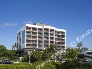 케언스 플라자 호텔(Cairns Plaza Hotel)