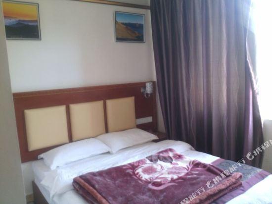 云塔公寓酒店电话,地址