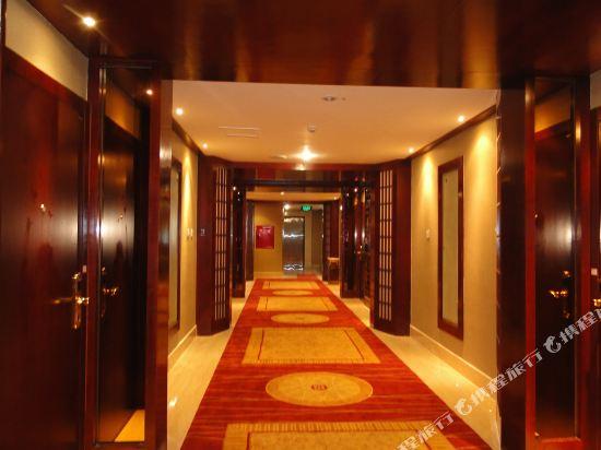 罗江鹭岛温泉酒店