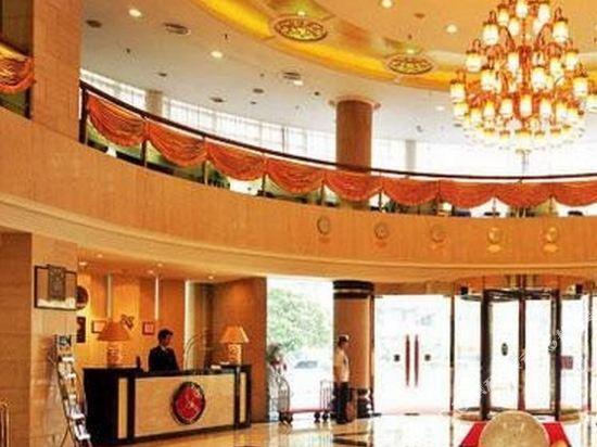 Rich forex hotel