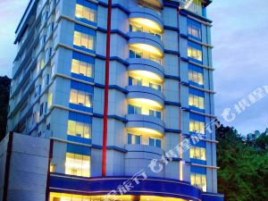 Aston Jayapura Hotel & Convention Center