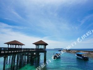 Grand Luley Resort and Dive
