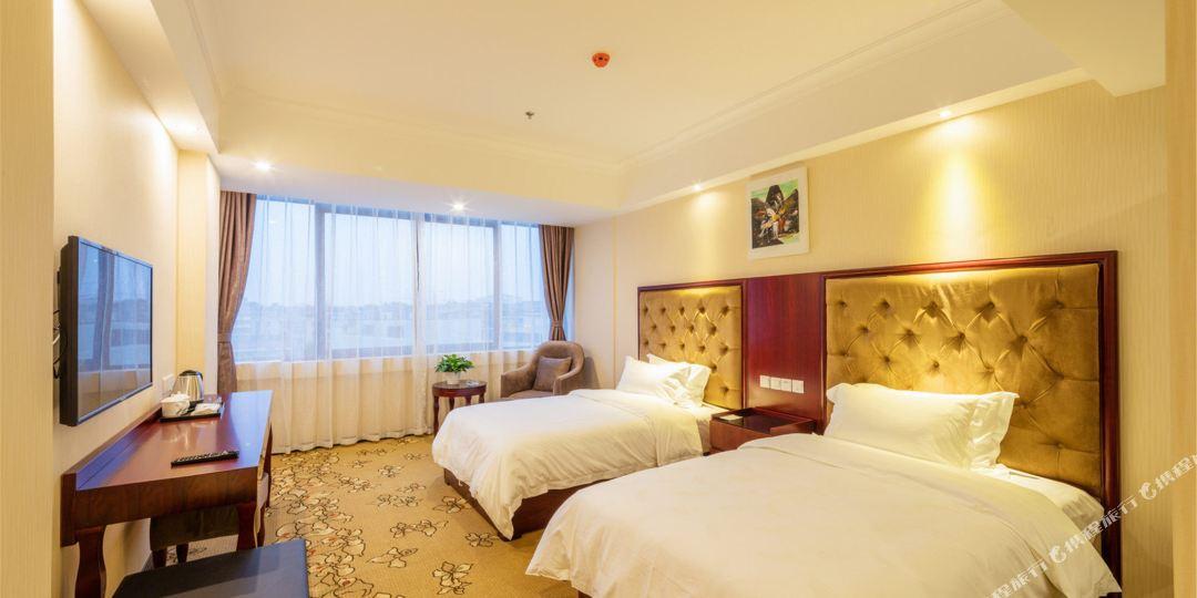 武侯区 >> 酒店   标签: 宾馆三星级星级酒店客栈 成都鹭岛酒店共多少