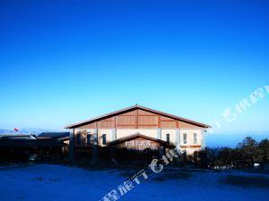 진딩 호텔 (위에시아 빌딩)(Jin Ding Hotel (Yuexia Building))