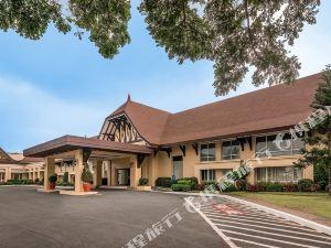 大雅臺塔爾觀景酒店(Taal Vista Hotel Tagaytay) 大雅臺