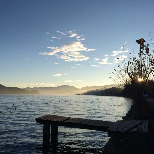 所有的房间都是湖景房,没有遮挡,泸沽湖,女神山,洛克岛,落水村尽收